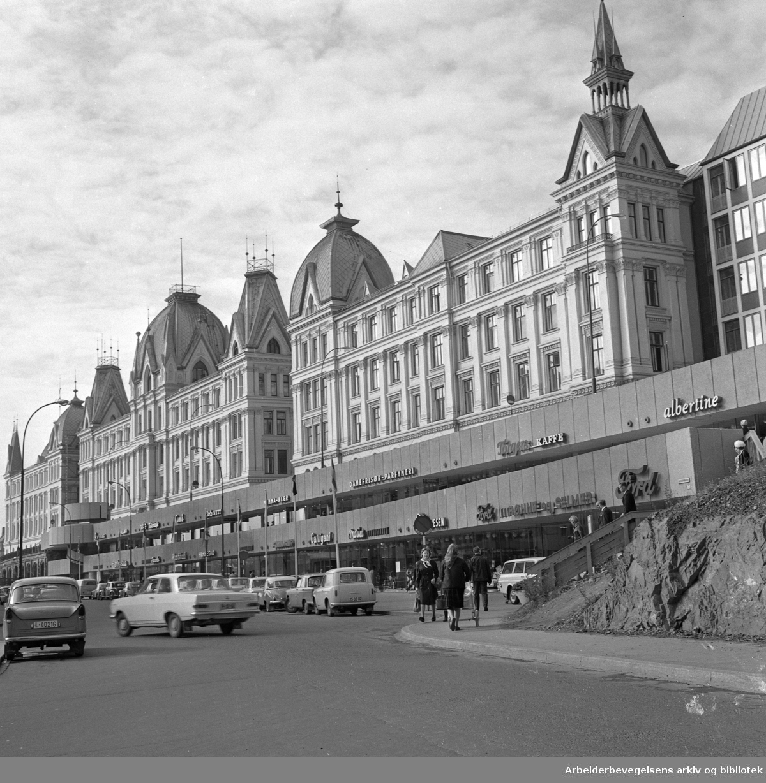 Victoria terrasse, sett fra Ruseløkkveien..Ca. 1969.