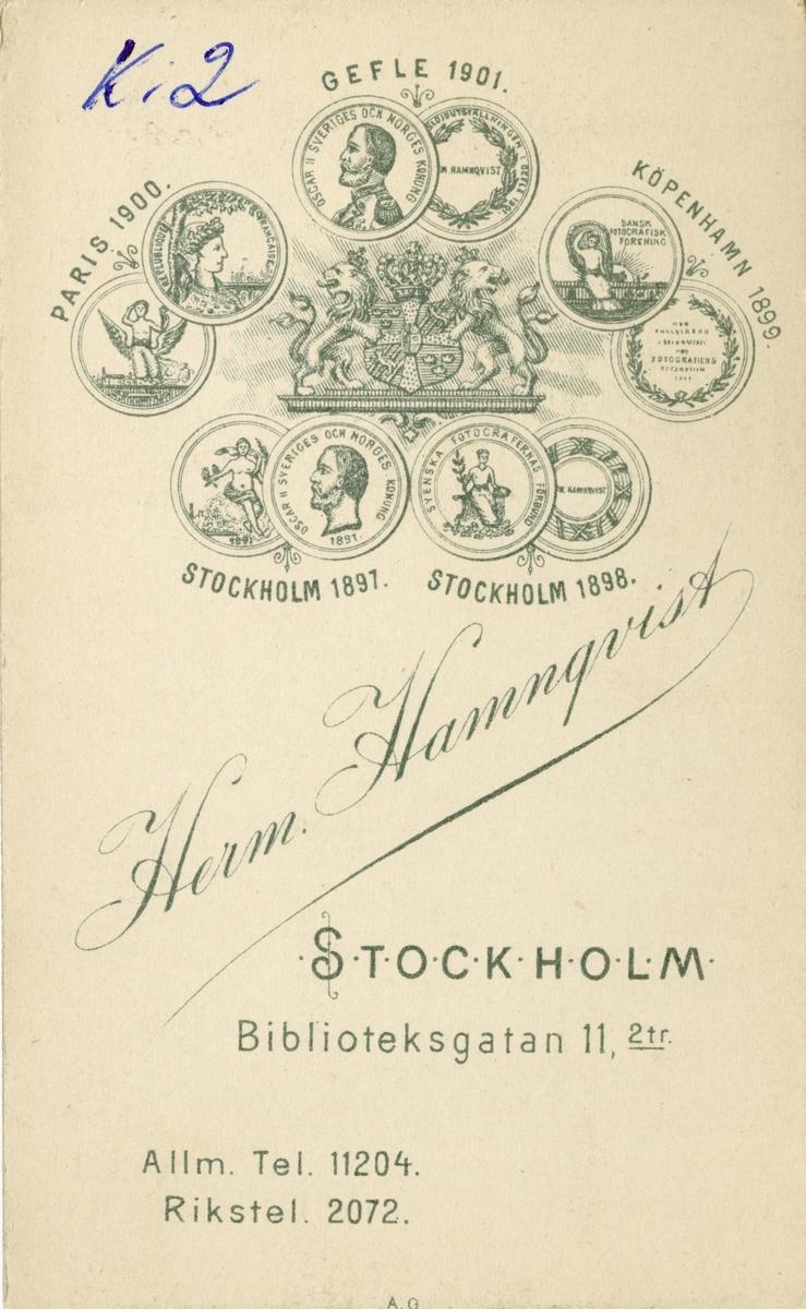 Porträtt av Axel Gabriel Leijonhufvud, ryttmästare vid Livregementets dragoner K 2. Se även bild AMA.0007829, AMA.0007832, AMA.0007900, AMA.0021847, AMA.0021878 och AMA.0021880.
