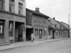 Lakkegata.April 1954