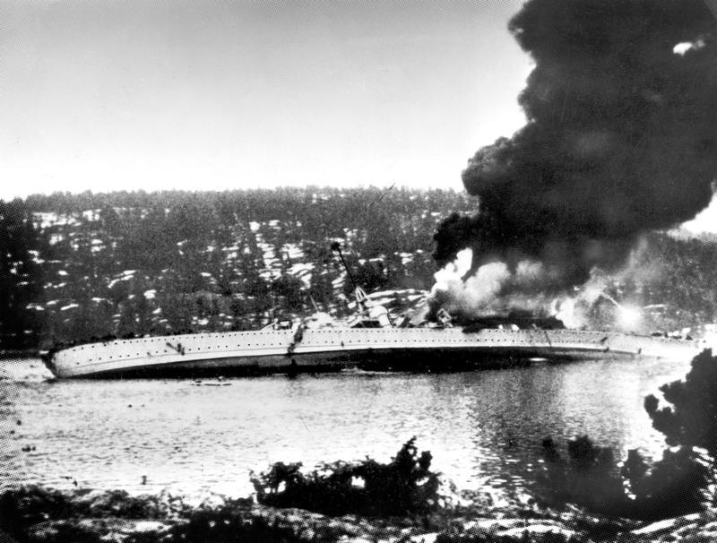 Krysseren Blücher er Tysklands nyeste krigsskip, og Hitler blir rasende da den blir senket i Oslofjorden. Foto: Forsvarsmuseet.