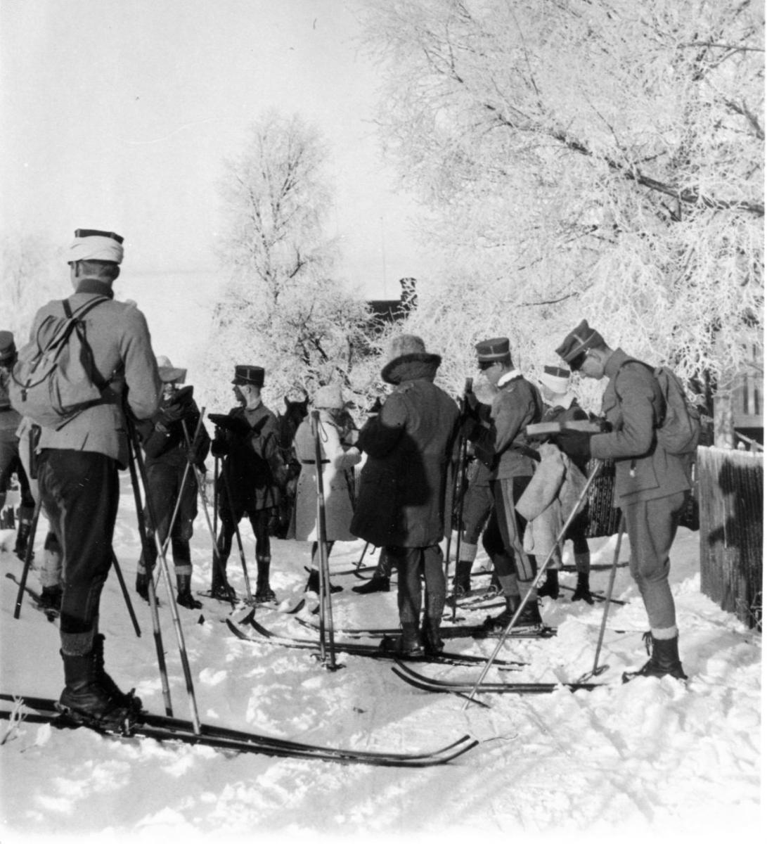 Fältövning på skidor, i Rättvik. AIHS allm. kurs.