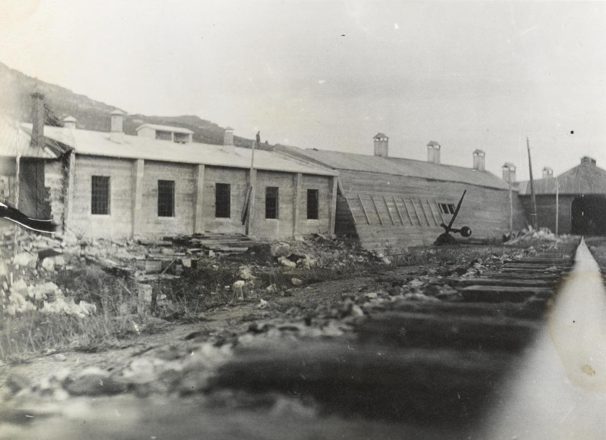 Ny lokomotivstall i mur er under oppføring på Finse.