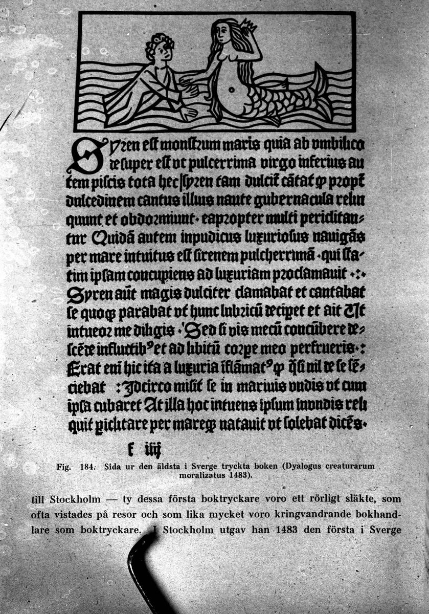 Sida ur den äldsta tryckta boken i Sverige från år 1483.  Reproduktion av KJ Österberg.