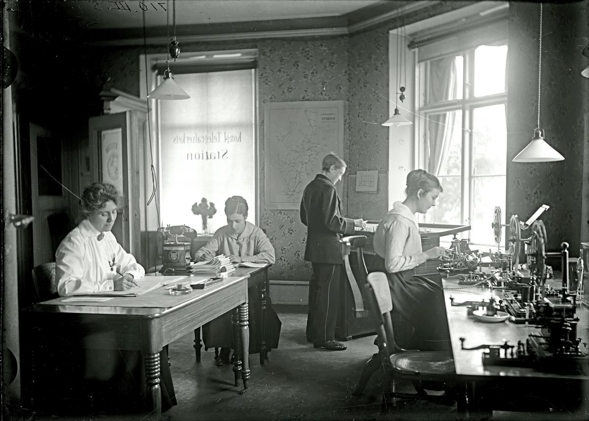 Telegrafstationen.