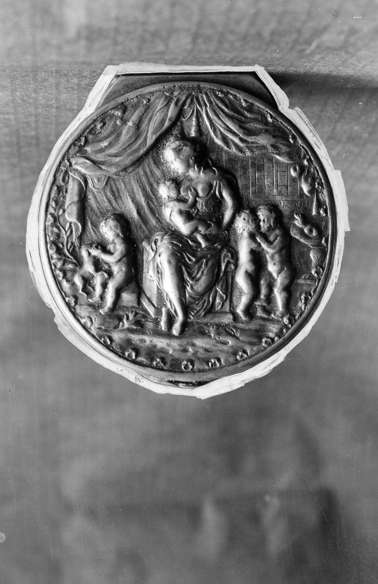 Dosa av silver. AHS L3 1817