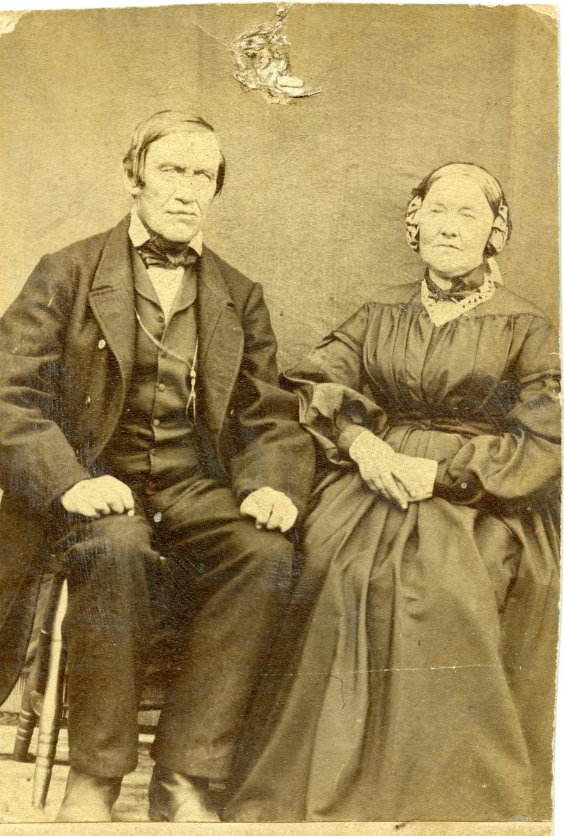 Mekjel og Ingebjørg Olsen.