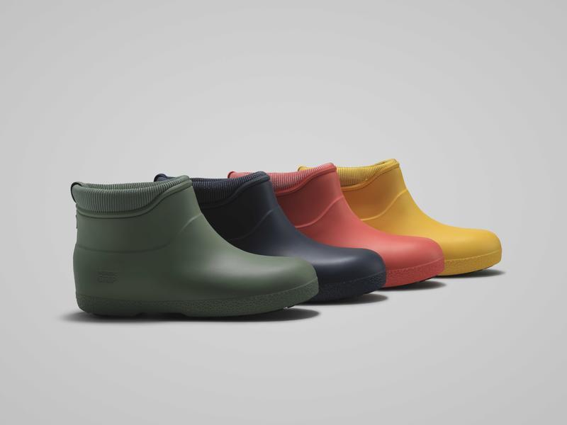 Fire ankelkorte gummistøvler med fôr. Grønn, mørkeblå, oransje og gul. (Foto/Photo)