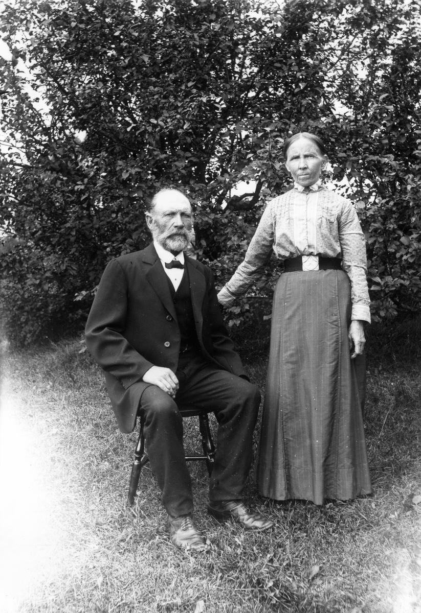 Soldaten Jonas Wååg med hustrun Brita.