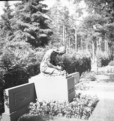 Skogskyrkogården. Juli 1939. Reportage för Arbetarbladet