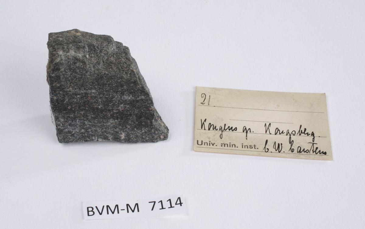 Etikett i eske: 21.  Kongens gr. Kongsberg C.W. Carstens