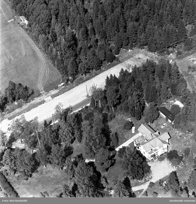 Flygfoto över villa Granli vid Granlivägen 20, Petersvik.