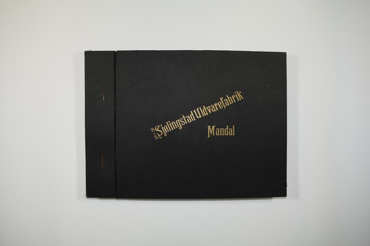 Prøvebok med 5 stoffprøver. Middels tykke ensfargede stoff. Bare fargen varierer mellom prøvene i boken. Stoffene ligger brettet dobbelt slik at vranga dekkes. Vranga viser tydelig veven, mens forsiden tilsløres av fibre. Stoffene er merket med en firkantet papirlapp, festet til stoffet med metallstift, hvor nummer er påført for hånd.   Stoff nr.: 88/1, 88/2, 88/3, 88/6, 88/7.
