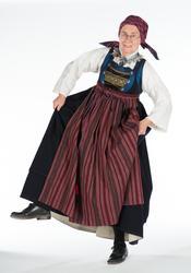 Christina AraskogToll utklädd till Folkdräktskvinna. Fotogra