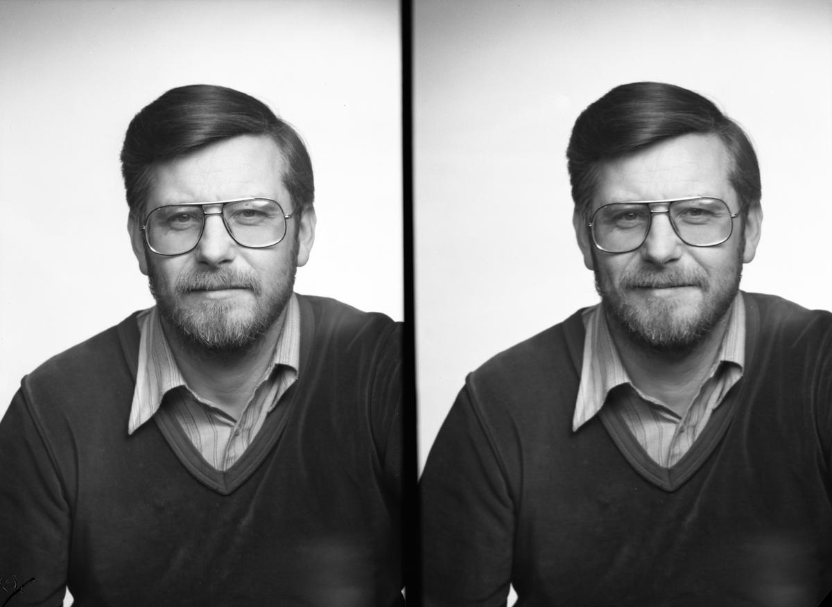 Herr Persson. Den 9 december 1983