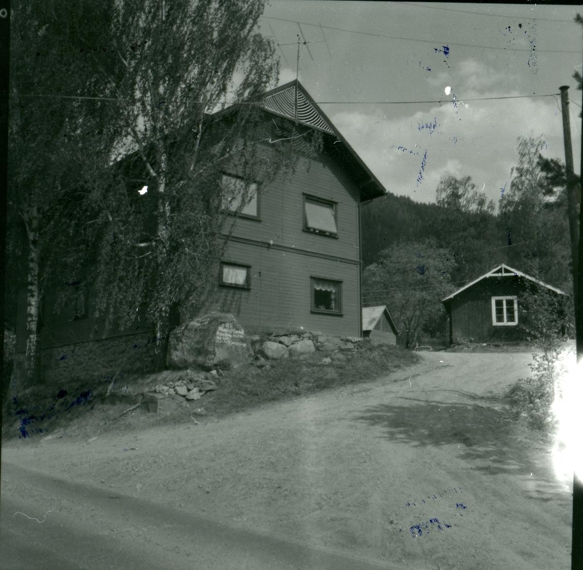 Dønhaug, Østre Bagn, Sør-Aurdal