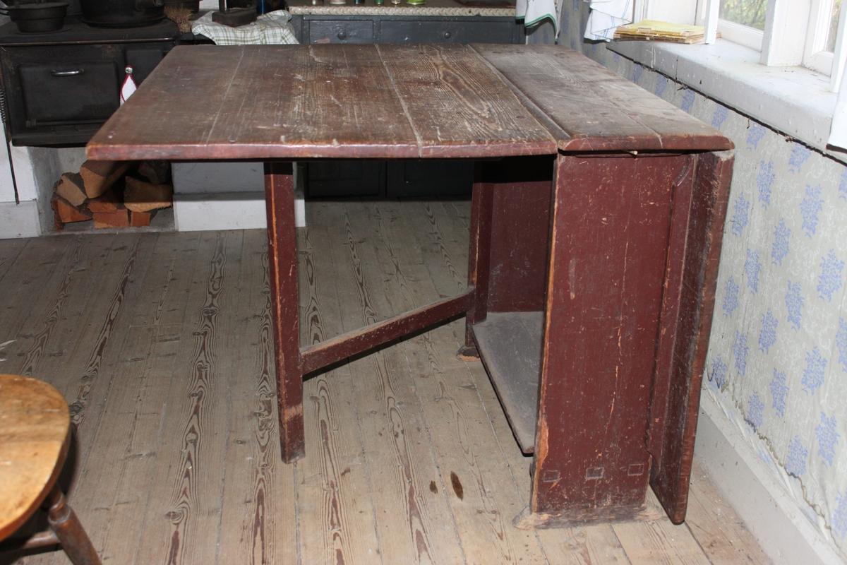 Slagbord med två sidoklaffar
