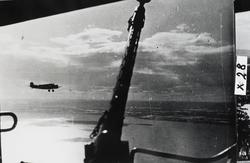 Oslofjorden 9.april 1940. På flyet til Norge. Første glimt