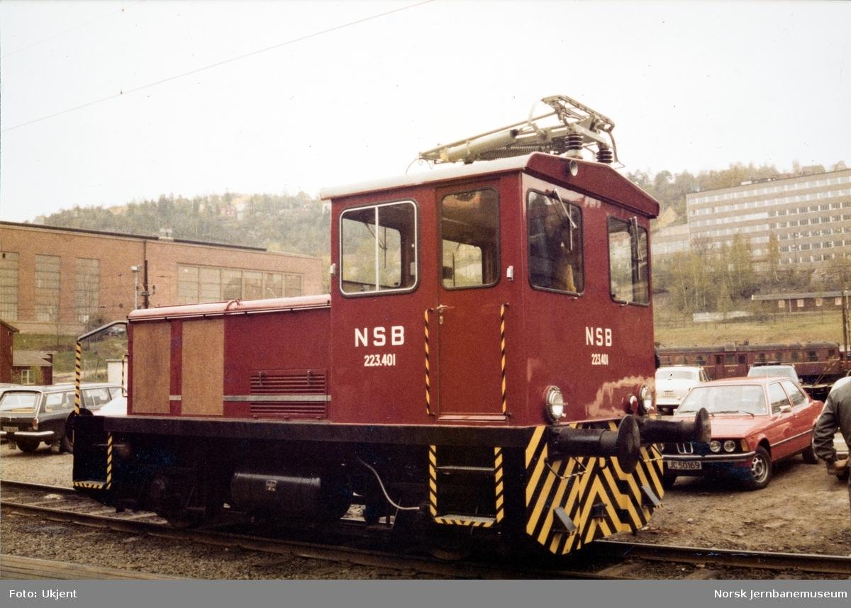 Skiftetraktor litra Ska nr. 223 401 ved levering fra NEBB