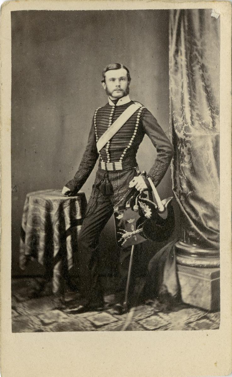 Porträtt av Anders Herrlin, underlöjtnant vid Wendes artilleriregemente A 3.