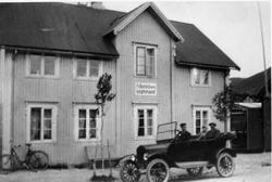 Andreas Berthelsen, Harald Lie og frk. Paulsen