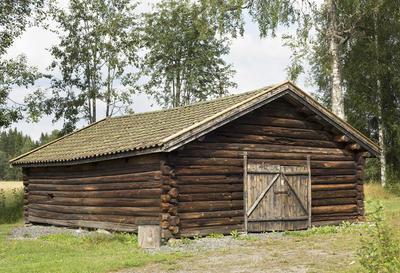 Sommerfjset_fra_Langsrud_-_Aurskog-Hland_bygdetun_-_MiA_Museene_i_Akershus.jpg. Foto/Photo