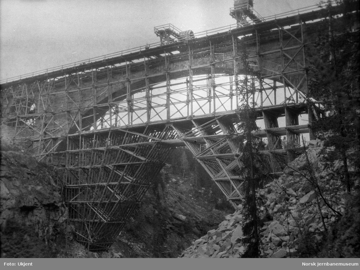 Bygging av Orkla bru