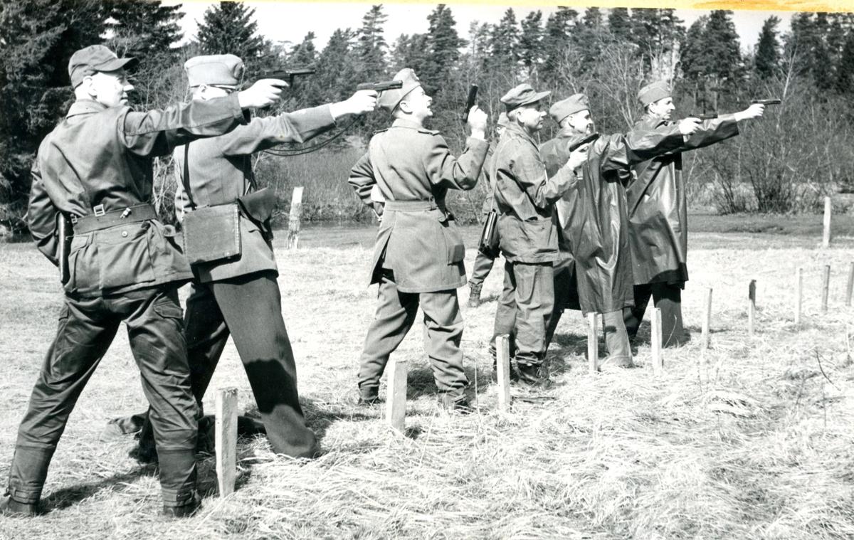 Pistolskjutning. RegM i fälttävlan o friluftsdag, A 6.