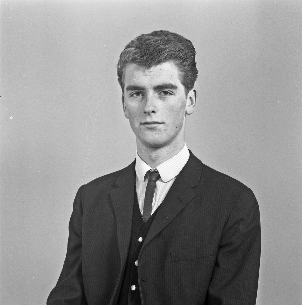 Portrett ung mann - bestiller Ingolf Pedersen