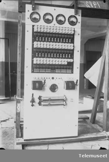 Ladevekslertavle, Islands Telegrafvesen, Elektrisk Bureau.