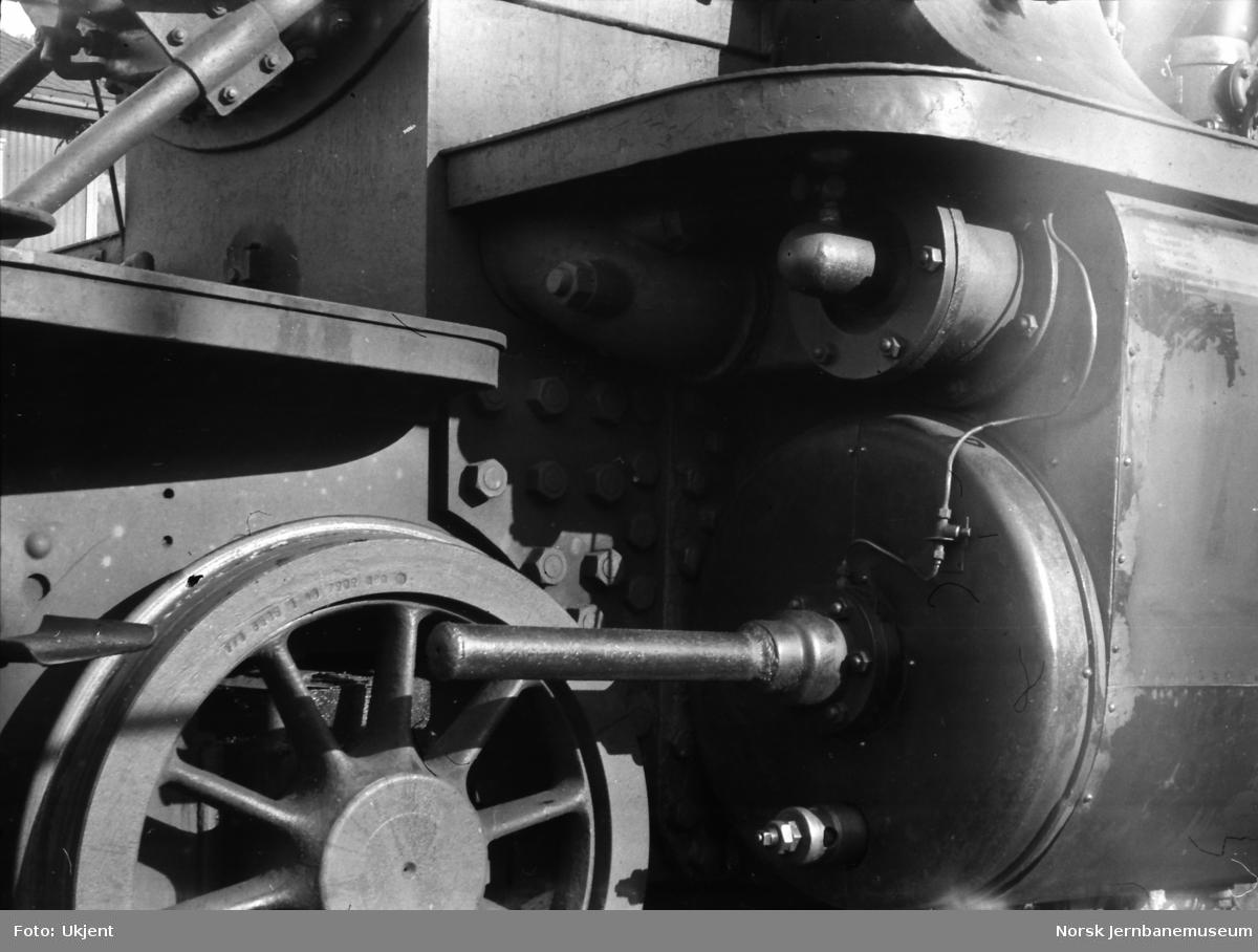 Damplokomotiv type 39a nr. 168 - sylindre