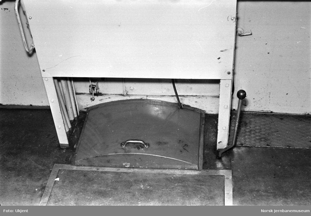 Skiftetraktor Skb 204 58 - førerrom