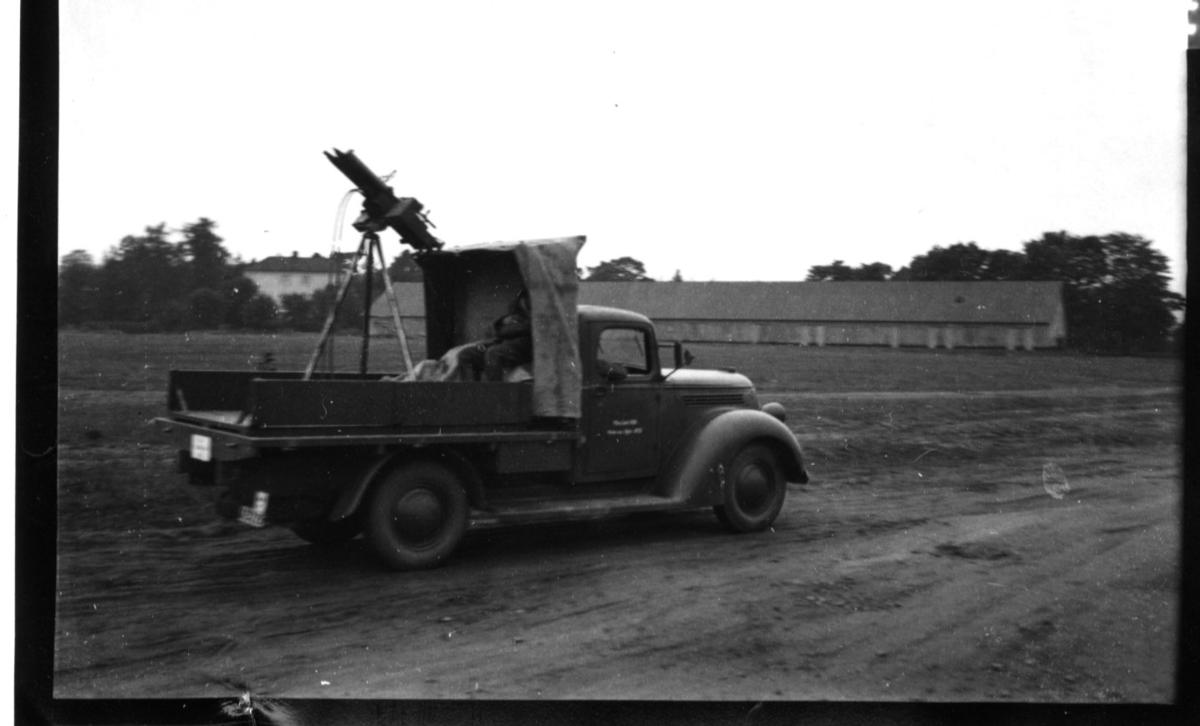 Luftvärnskulsprutebil. Luftvärnskulspruta m/1936, dubbel. A 6.