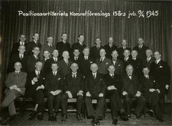 Grupporträtt av Positionsartilleriets kamratförenings 15-års