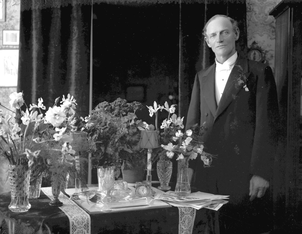 Möbelhandlare Borgström på högtidsdagen