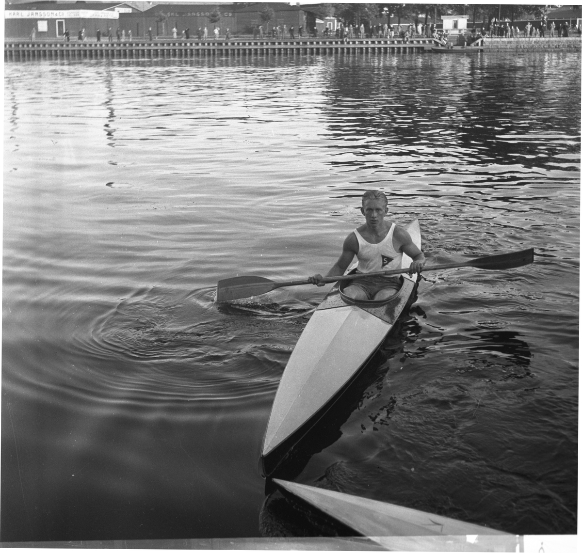 Kanotpaddling. 1942