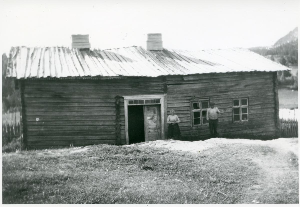 Den gamle bygningen på midtre Sørflaten, 28/2.
