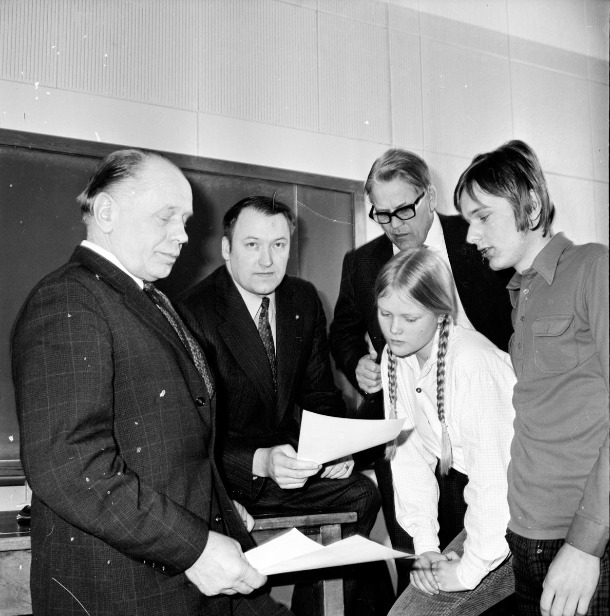 Nytorp, Ny kurs, April 1971