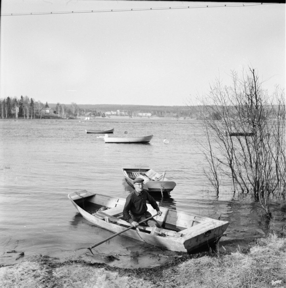 Räddad ur sjönöd. Rödin Valo 7/5-1965