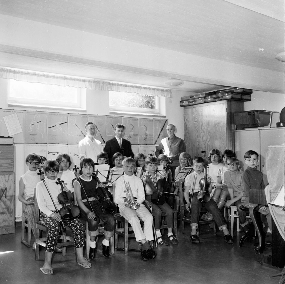 Arbrå. Musik-kurs för barn. 15/6-1967