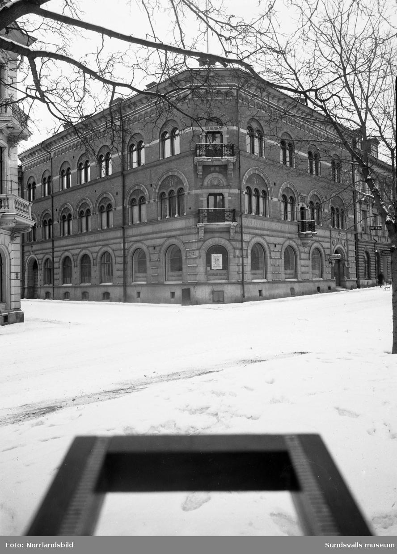 Sundsvalls Sparbank, exteriörbild tagen från Esplanaden.