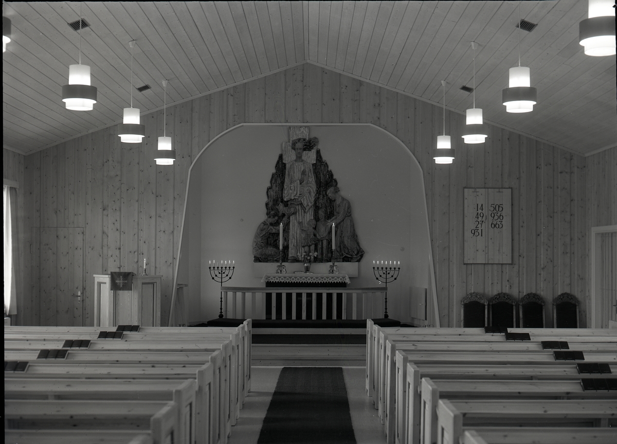 Interiør fra Reinli kirke ( kapell ).