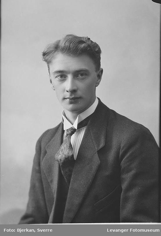 Portrett av P. Øien.