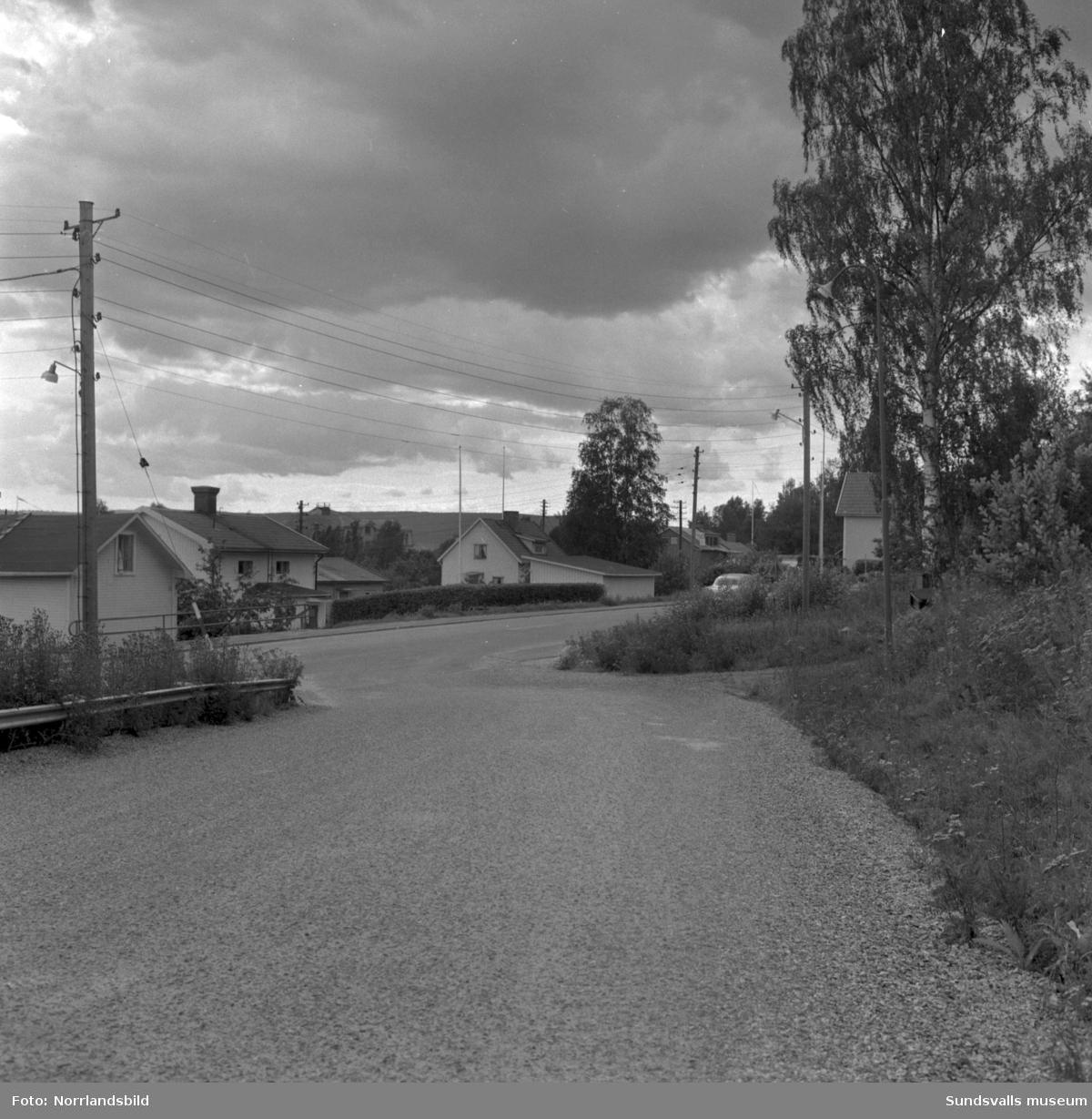 Farliga gatukorsningar, fotograferat för polisen i Skön. 1: Hagavägen/Tegnergatan/Noragatan. 2: Okänt. 3: Tjädervägen/Medborgargatan. 4: Korstavägen/Ortviksvägen.