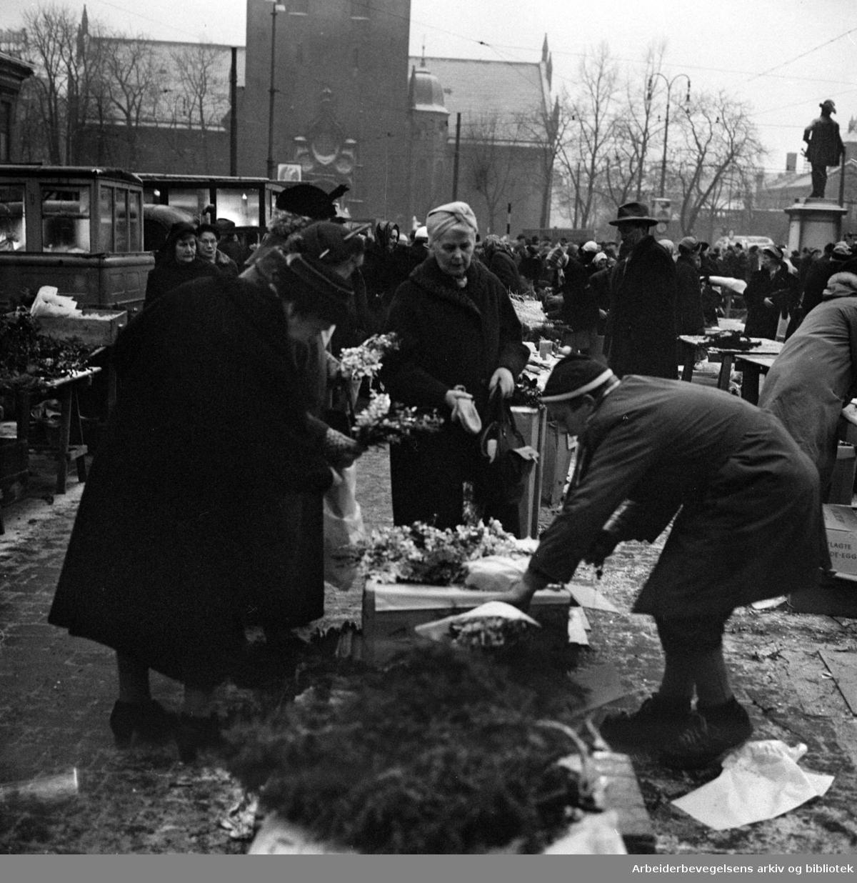 Stortorget. Desember 1957