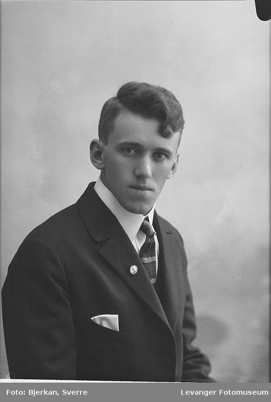 Portrett av Einar Sletmoe