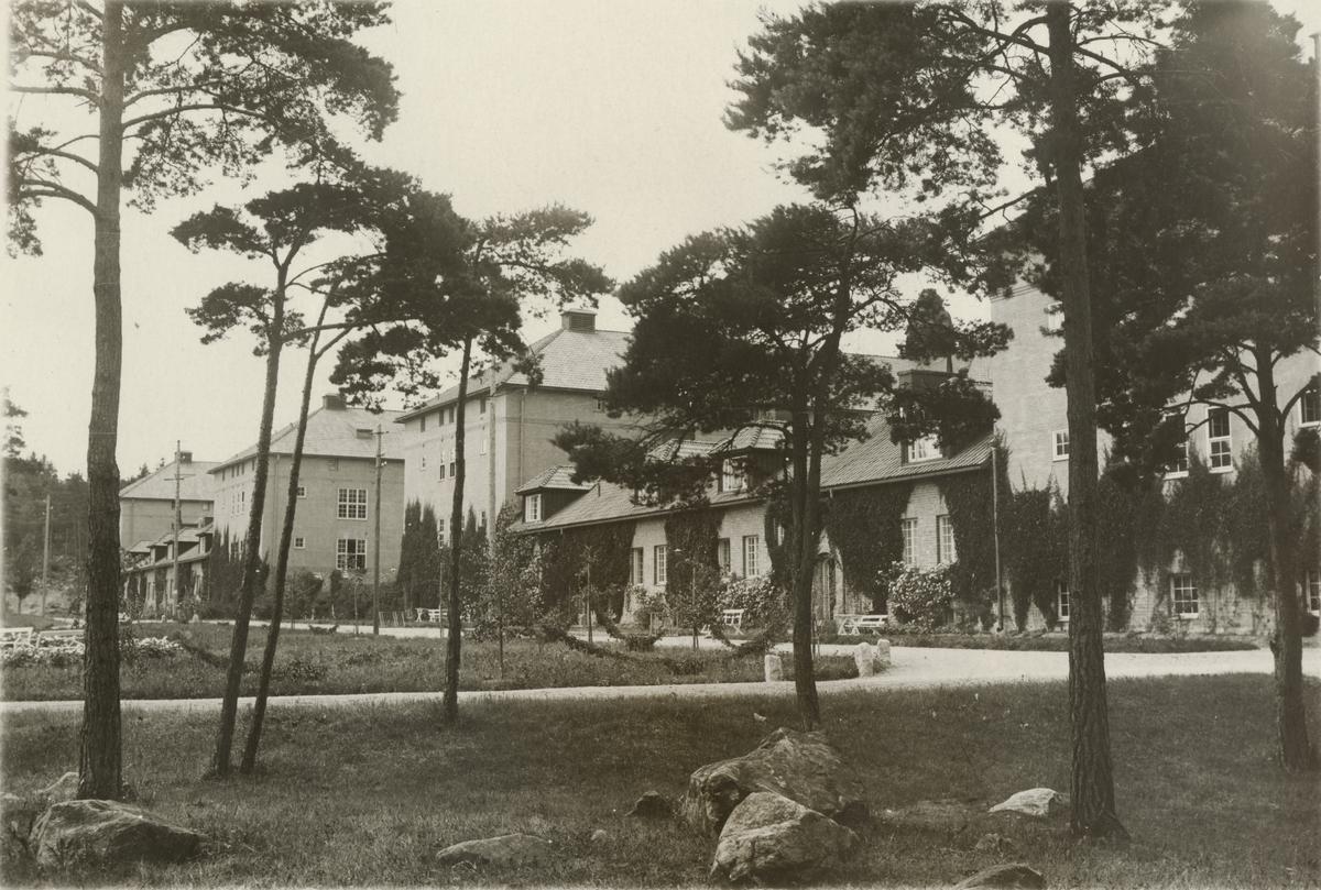 Byggnader vid kasernområdet, Södermanlands regemente I 10.