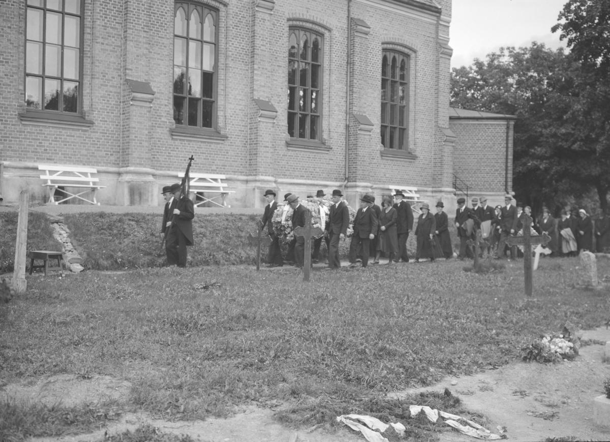 Begravelse fra Kapellet ved Lillehammer kirke.