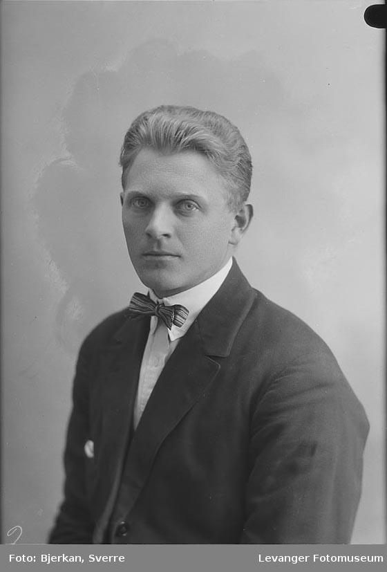 Portrett av Karl Bøyum