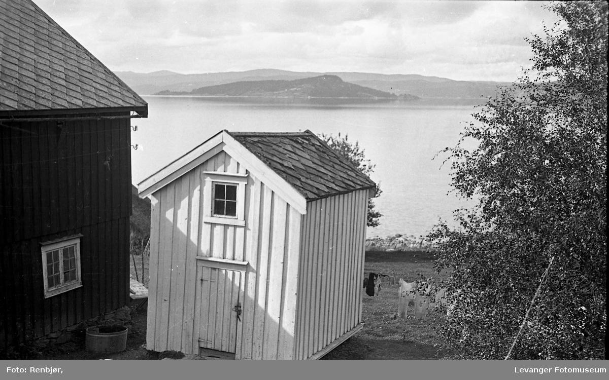 Hus i Ekne.