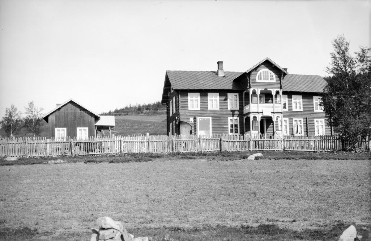 Nord-Fron, Skåbu. Fjellstad Høifjellspensjonat.
